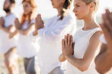 Hände in der Namasté Haltung