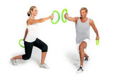 Mann und Frau trainieren mit moveys
